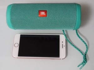 180708-JBLFLIP4-iPhone7